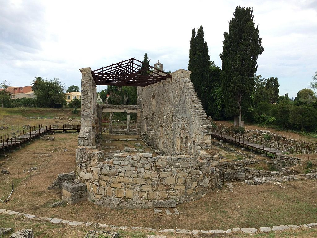 Археологические раскопки Палаиополис