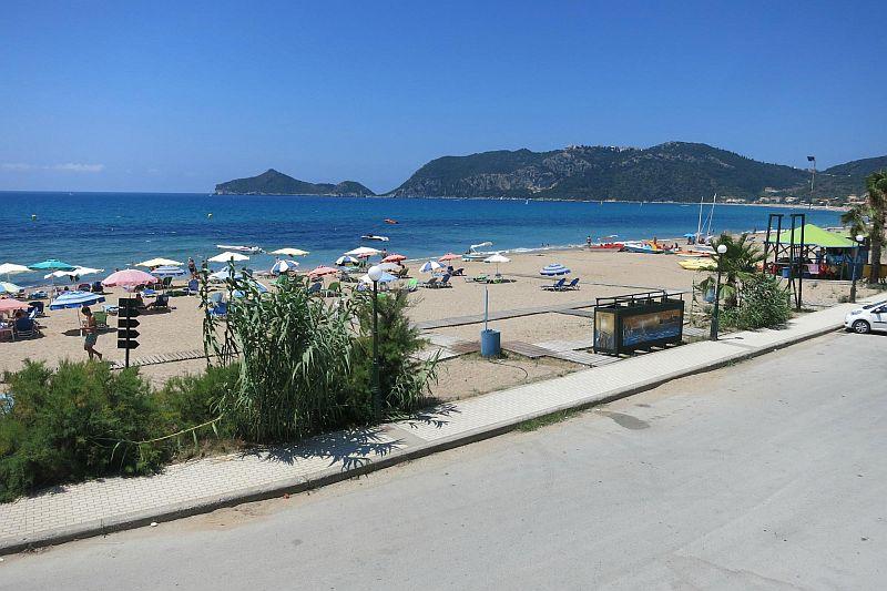 Пляж Агиос Георгиос Бич Аргирадес | Пляжный отдых на Корфу