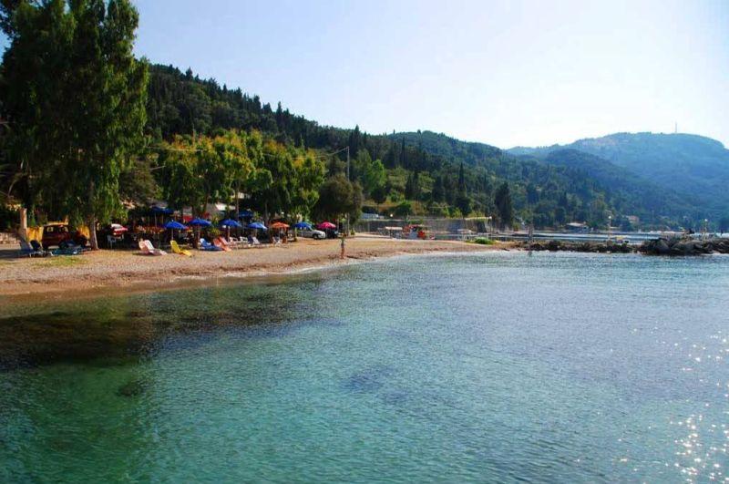 Пляж Букарис Бич